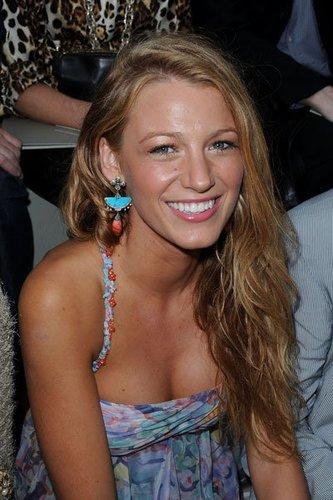 Blake Lively ist besser bekannt als Serena van der Woodsen