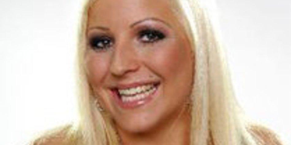 Big Brother 10: Lilly Love erobert die Herzen von Klaus und Co.