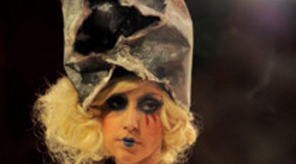 Lady Gaga beim Opernball und Victoria Beckham bringt Single raus