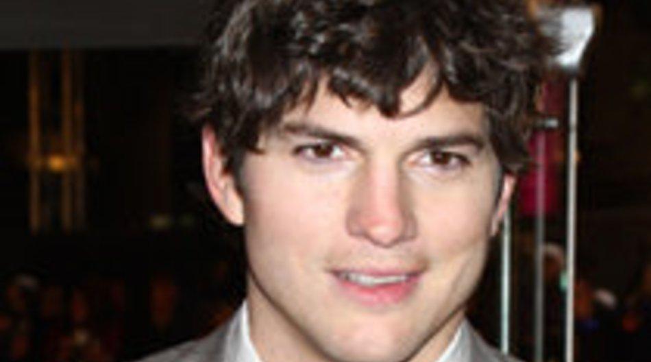 Ashton Kutcher dementiert Fremdgehen