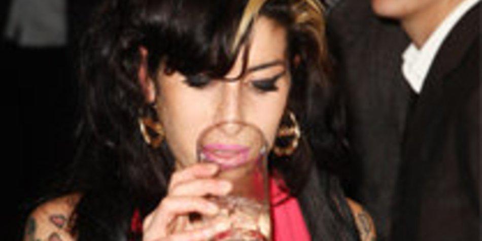 Amy Winehouse: Wieder betrunken in London?