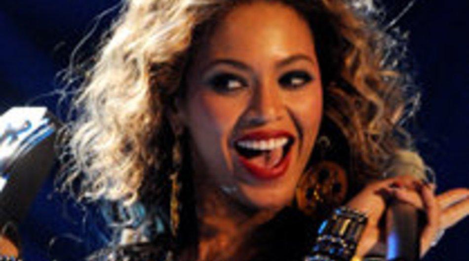 Beyoncé bei den Grammy 2010 obenauf
