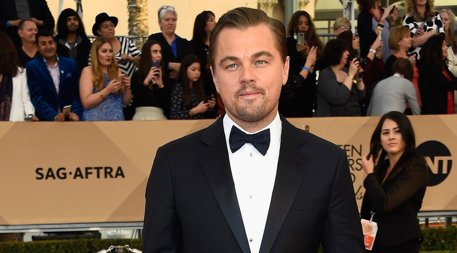 LOS ANGELES, CA - JANUARY 30: Actor Leonardo DiCaprio attends the 22nd Annual Screen Actors Guild Awards at The Shrine Auditorium on January 30, 2016 in Los Angeles, California. (Photo by Frazer Harrison/Getty Images)
