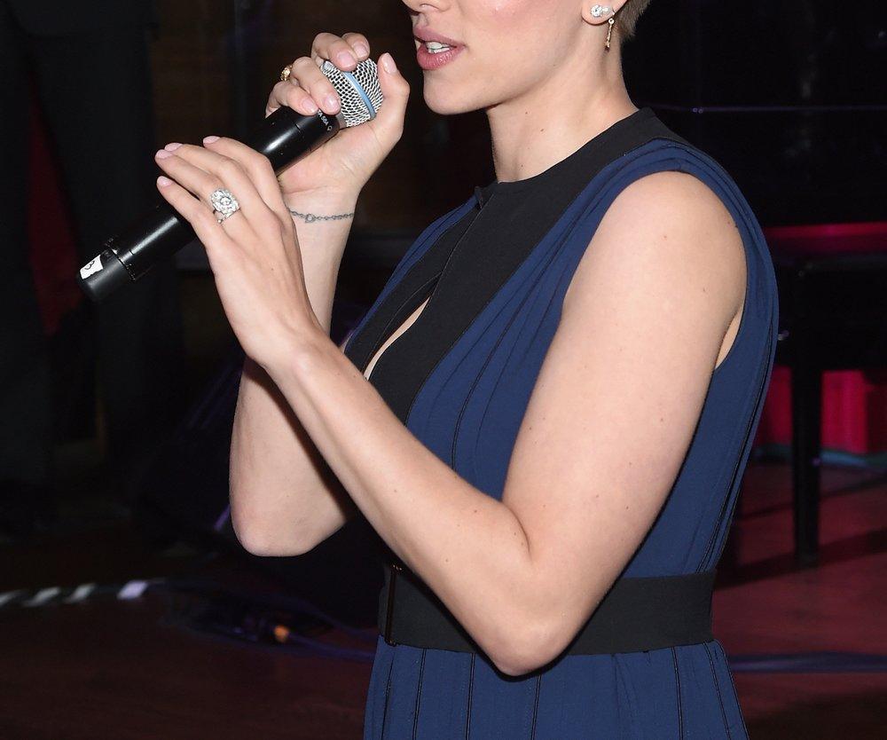 Scarlett Johansson: Hat sie etwa heimlich geheiratet?