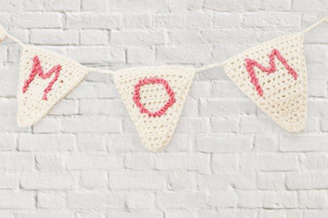 gehäkelte Wimpelkette zum Muttertag