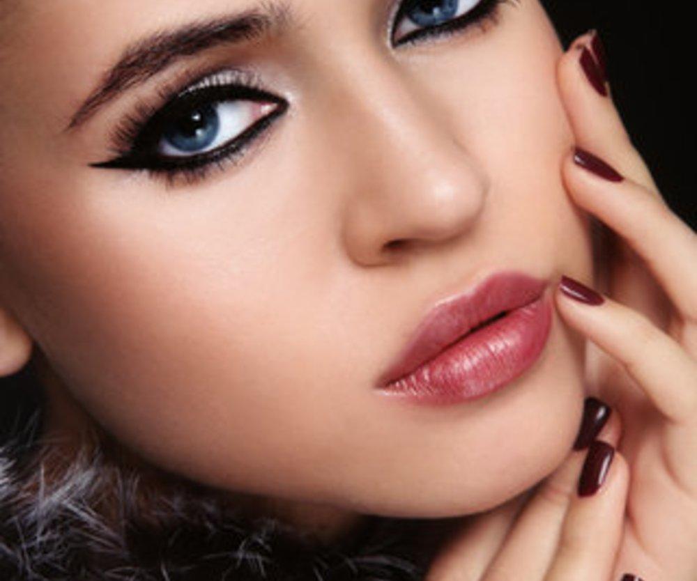 Eyeliner: Für den perfekten Augenaufschlag