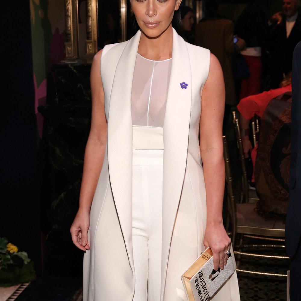 Kim Kardashian: Bruce Jenner trägt ihre Outfits