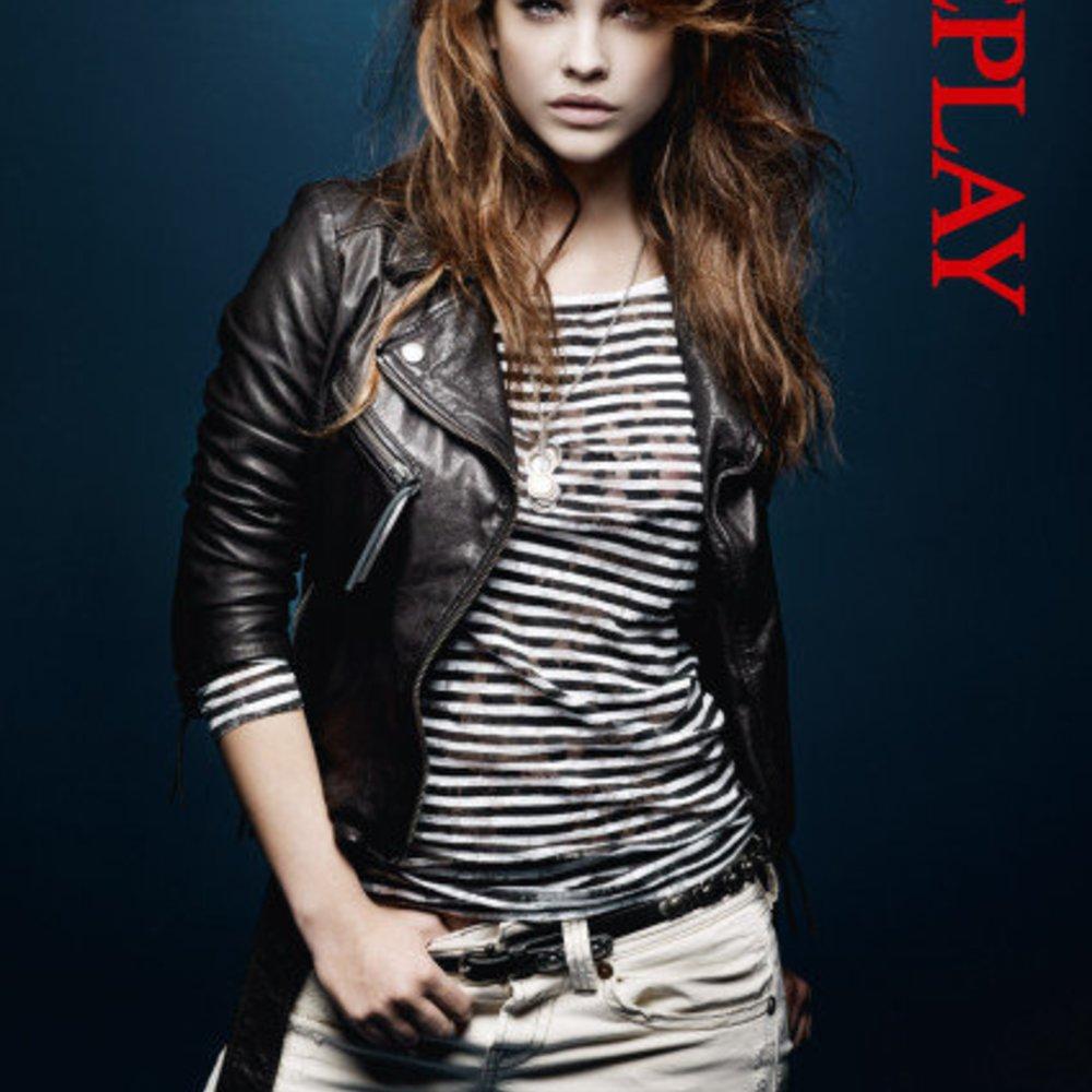 Barbara Palvin modelt für Replay