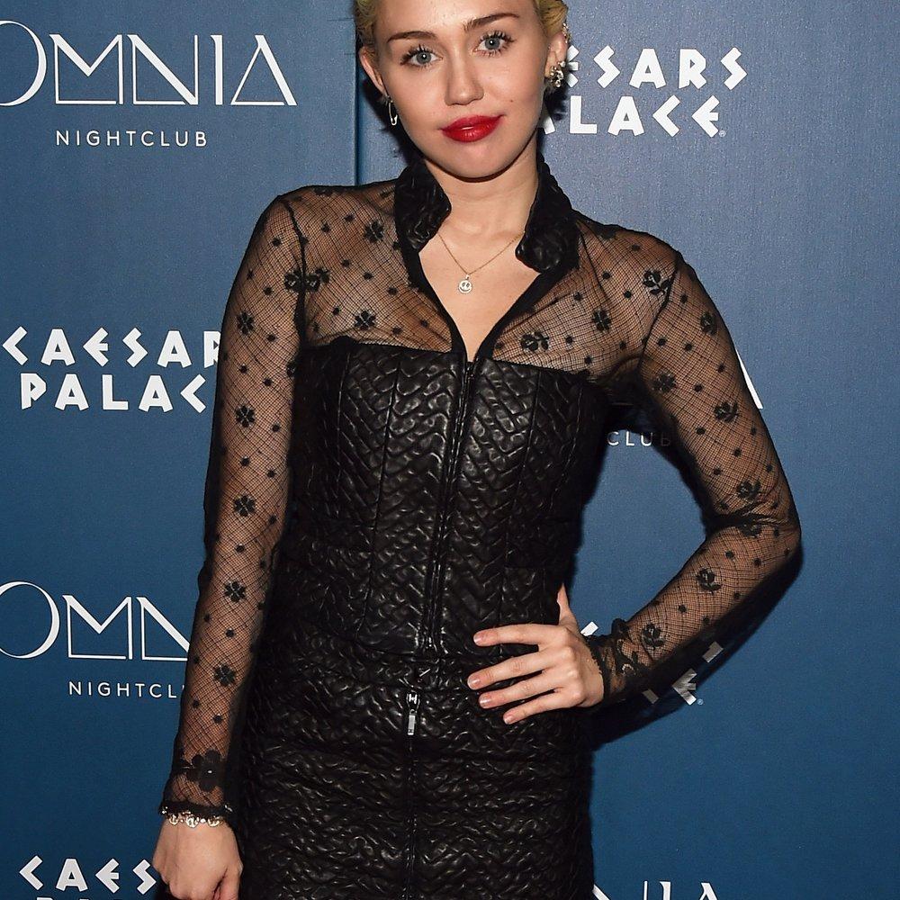 Miley Cyrus nimmt sich eine Auszeit von Patrick