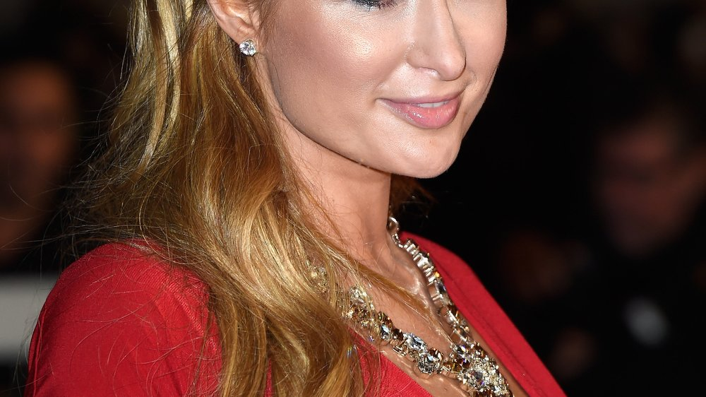 Paris Hilton: War sie beim Beauty-Doc?