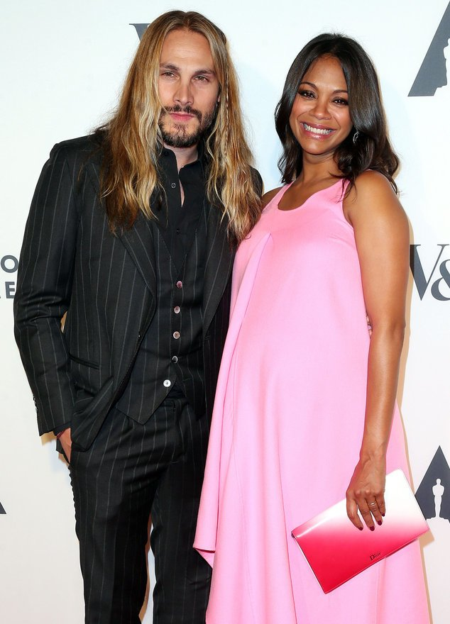 Zoe Saldana mit ihrem Mann Marco Perego