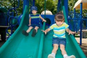 Kind Vom Klettergerüst Auf Bauch Gefallen : Archiv kalis kinderwelten
