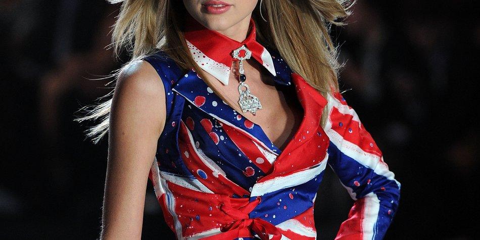 Taylor Swift heizt den Engeln auf dem Laufsteg ein