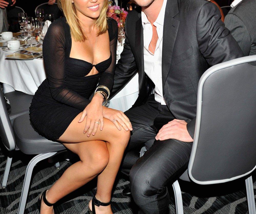 Miley Cyrus: Hochzeit mit Liam Hemsworth verschoben?