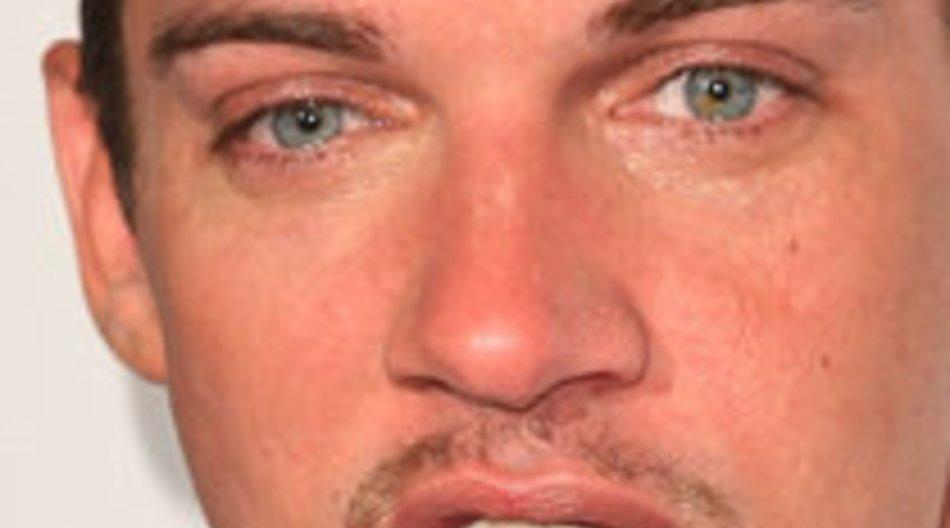 Jonathan Rhys-Meyers am Flughafen verhaftet