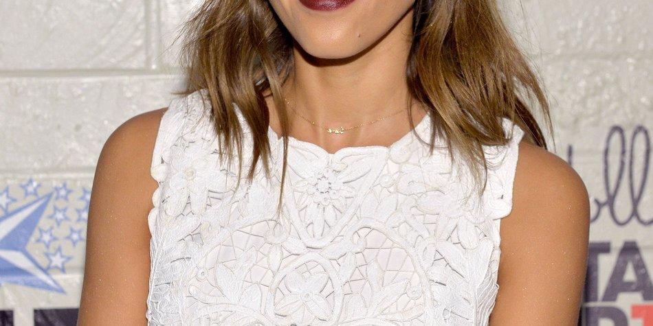 Jessica Alba zeigt ihren neuen Style