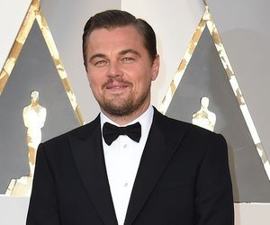 Actor Leonardo DiCaprio arrives on the red carpet for the 88th Oscars on February 28, 2016 in Hollywood, California. AFP PHOTO / VALERIE MACON / AFP / VALERIE MACON (Photo credit should read VALERIE MACON/AFP/Getty Images)