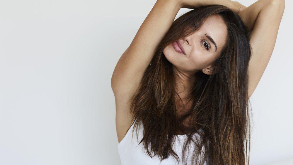 Blaues Shampoo für braune Haare