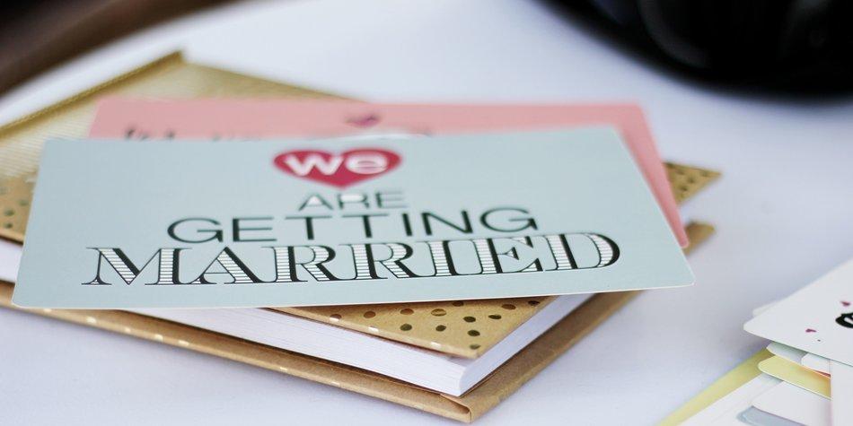 Hochzeitseinladungen Selber Basteln 11 Kreative Ideen Desired De