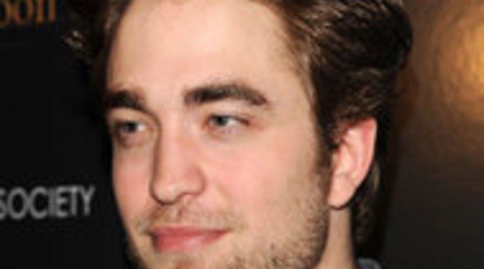 Robert Pattinson: romantischer Spaziergang
