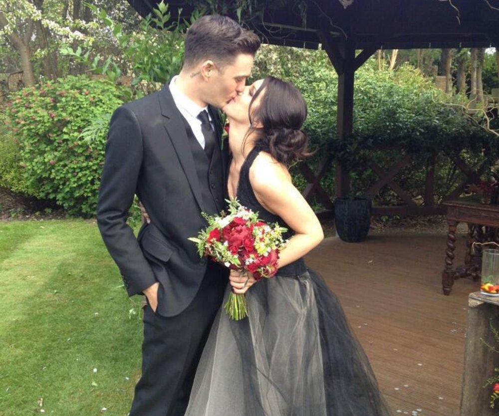 90210-Star Shenae Grimes feierte eine Hochzeit der etwas anderen Art