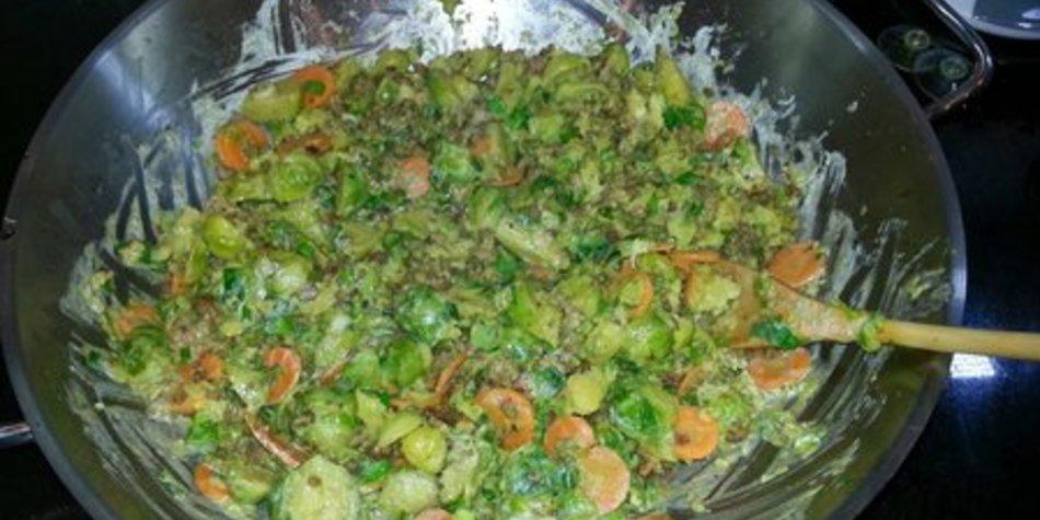 Rosenkohl-Curry aus dem Wok