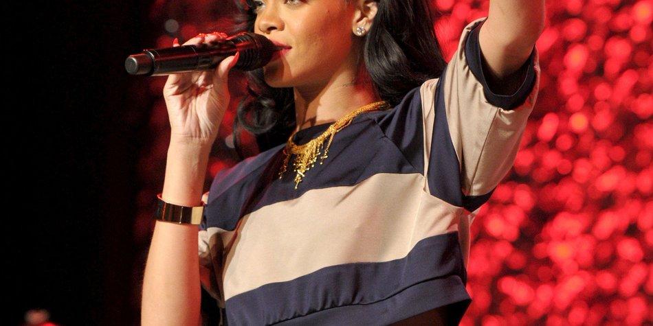 Rihanna: Ihr Vater macht sich große Sorgen