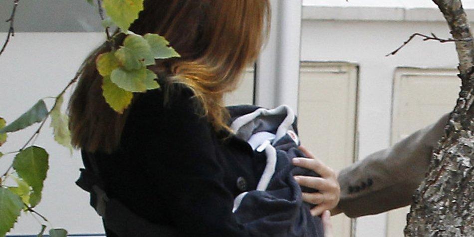Carla Bruni macht Babybummel