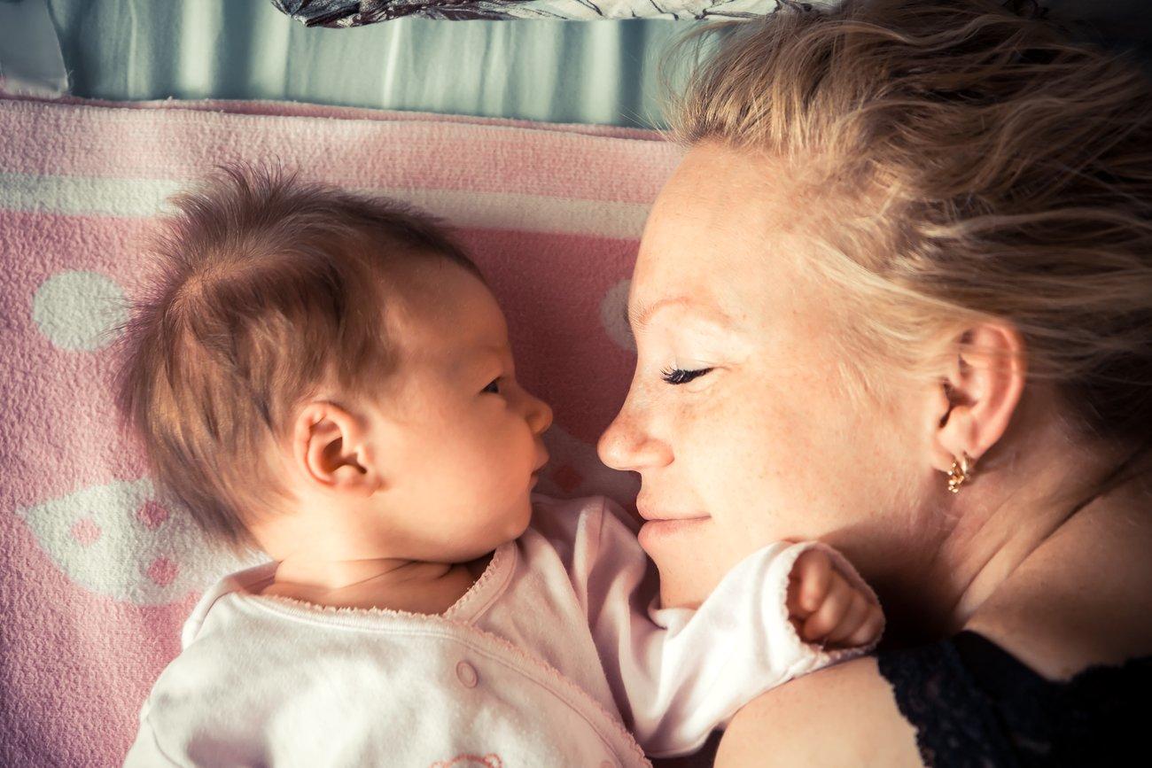 Schlaf ist für Mama und Kind wichtig