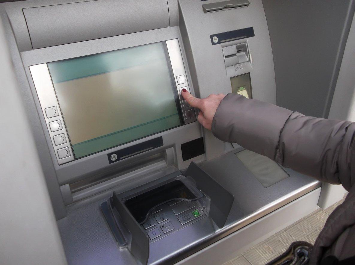 Frau Geldautomat lustige Verwendungszwecke