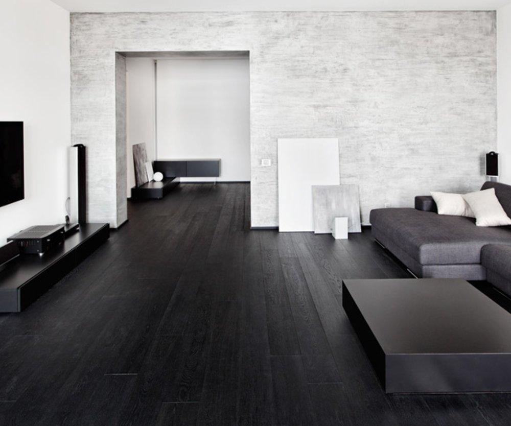 Die Trend-Farbe Schwarz gibt es jetzt auch für edle Wohn-Designs.