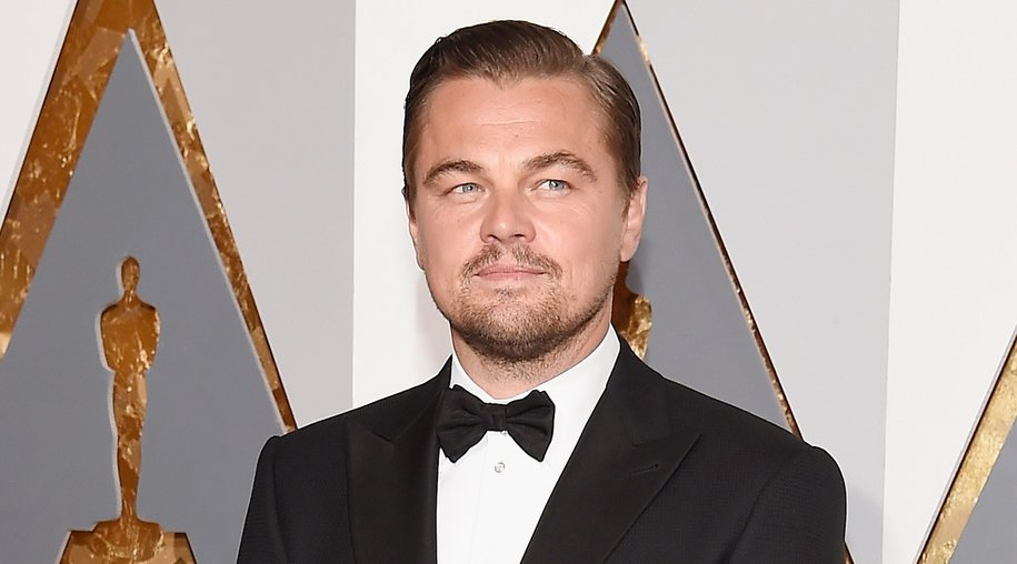 HOLLYWOOD, CA - FEBRUARY 28: Actor Leonardo DiCaprio attends the 88th Annual Academy Awards at Hollywood & Highland Center on February 28, 2016 in Hollywood, California. (Photo by Kevork Djansezian/Getty Images)