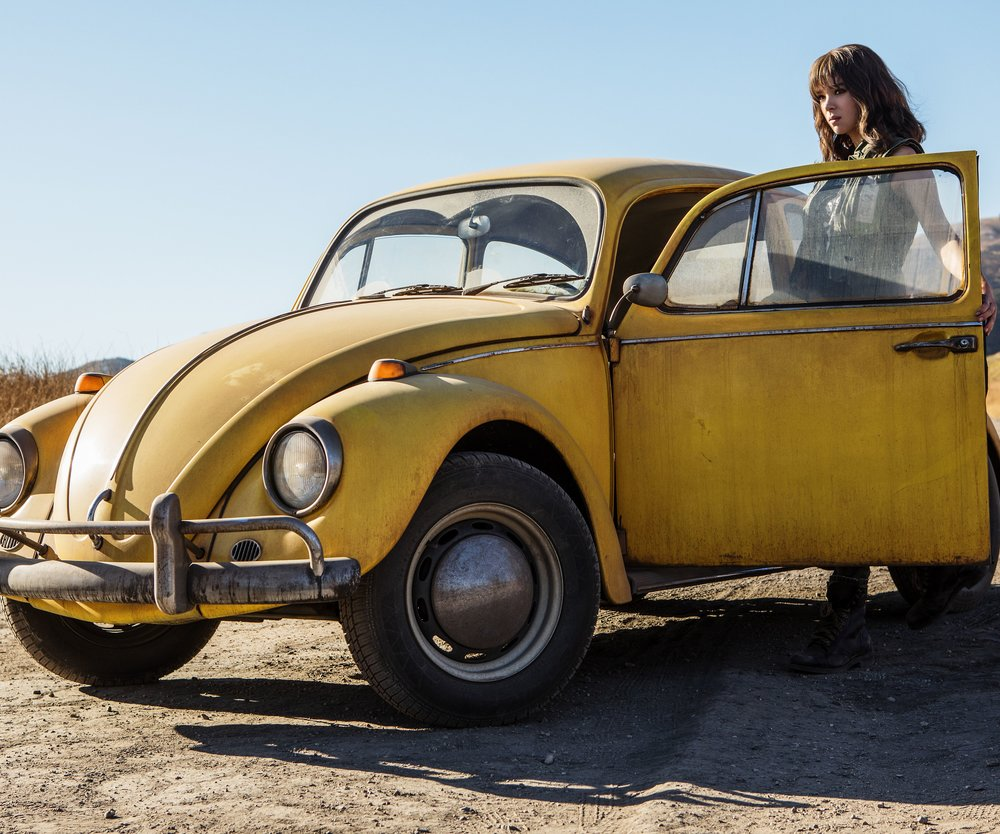 Hailee Steinfeld in BUMBLEBEE, from Paramount Pictures.