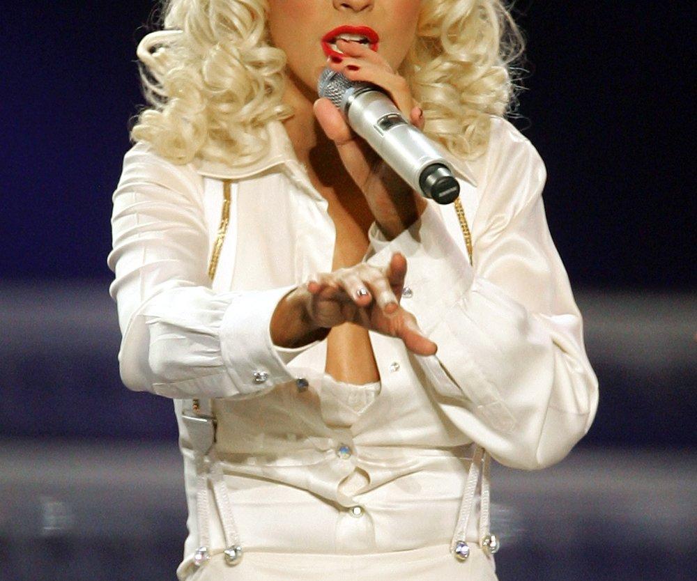 Christina Aguilera arbeit hart für ihre Figur