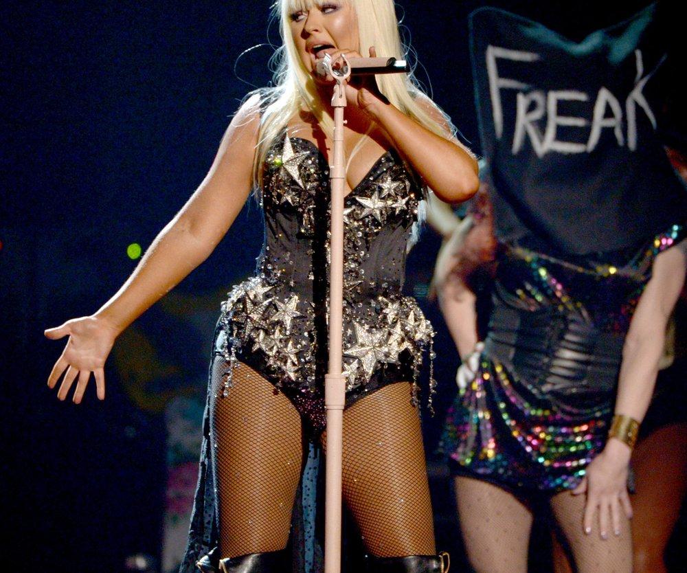 Christina Aguilera mag kurvige Frauen