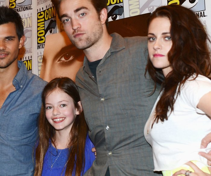 Kristen Stewart, Robert Pattinson, Taylor Lautner und Mackenzie Foy