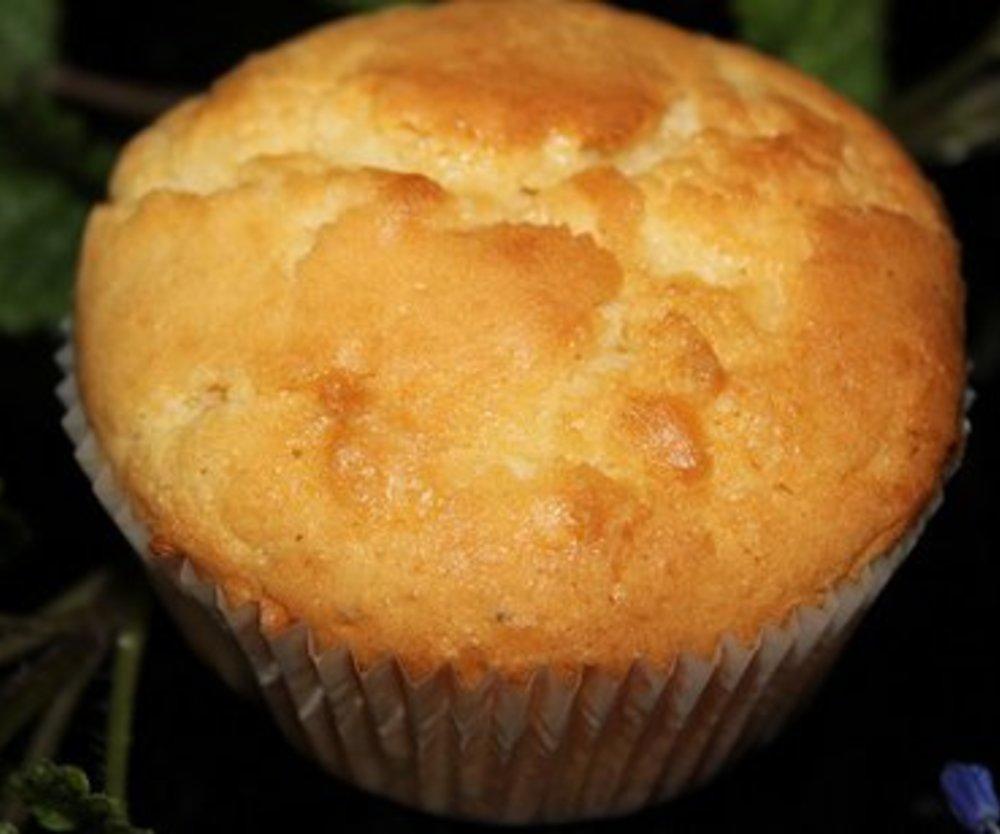 Vanille-Muffins mit weißer Schokolade