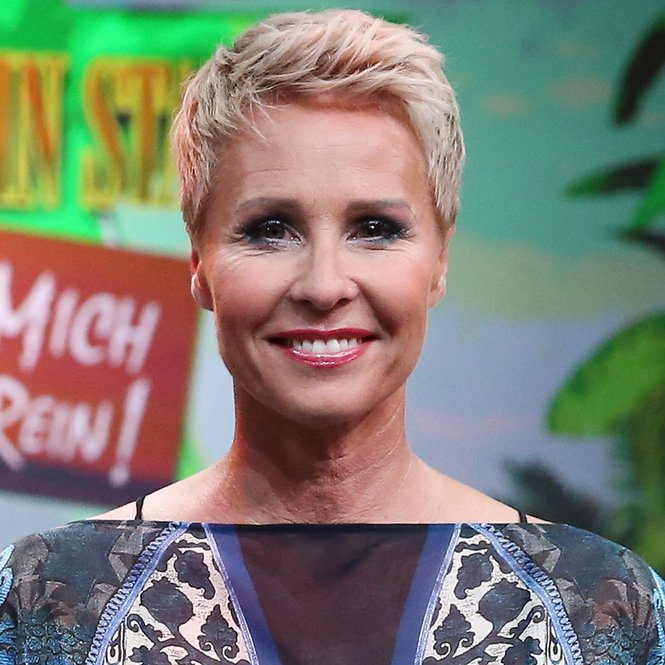 HUERTH, GERMANY - JULY 31: TV host Sonja Zietlow attends the 1st live show of the television show 'Ich bin ein Star - lasst mich wieder rein!' (English: I'm a Celebrity... Get Me In There) on July 31, 2015 in Huerth, Germany. (Photo by Andreas Rentz/Getty Images)