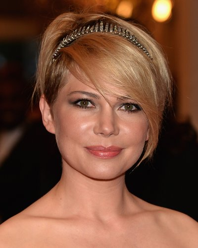 Michelle Williams: Pixie Cut mit langem Pony