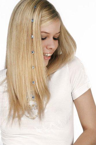 Lange, glatte Haare mit Perlen