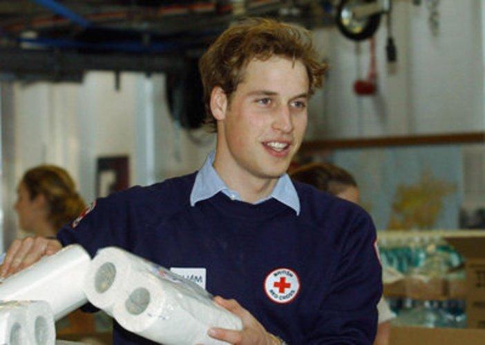 Prinz William hilft notleidenden Kindern