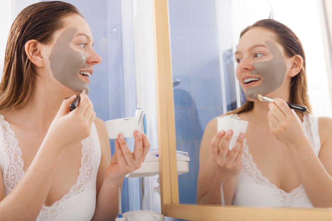Heilerde als Hausmittel gegen unreine Haut
