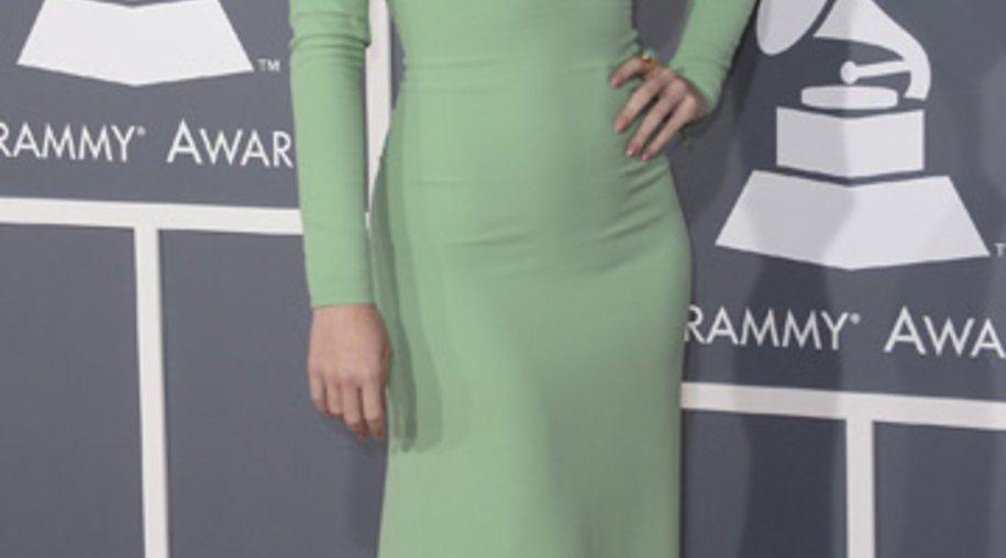 Katy Perry zeigte bei den Grammys Mut zum Dekolleté.