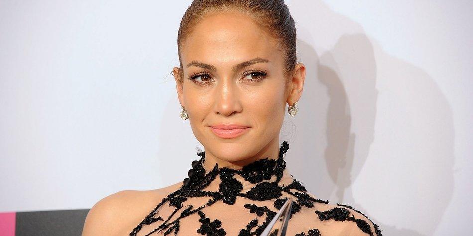 Jennifer Lopez verbrennt sich die Finger?