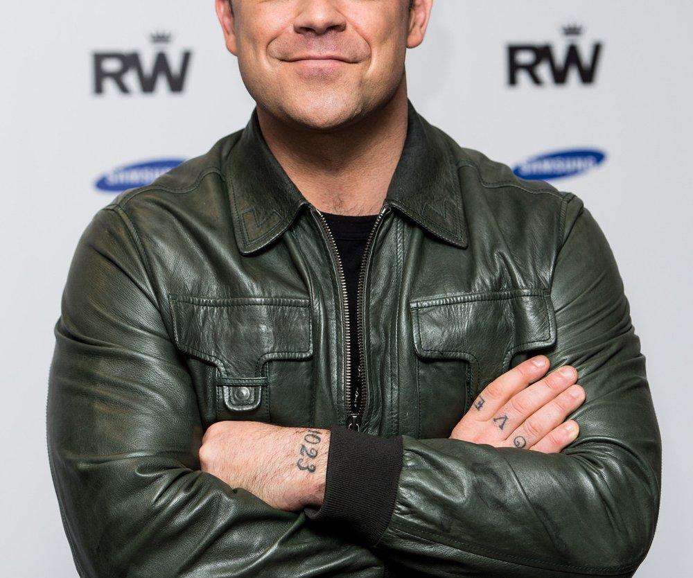 Robbie Williams ärgert sich über zu wenig Alkohol in der Jugend