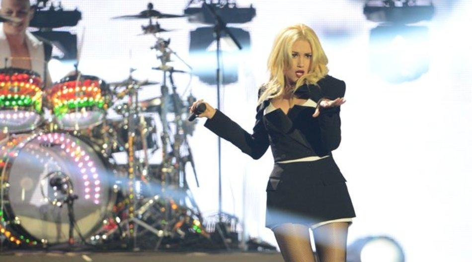 """Gwen Stefani 2012 mit """"No Doubt"""", jetzt veröffentlicht sie ihr drittes Solo-Album."""