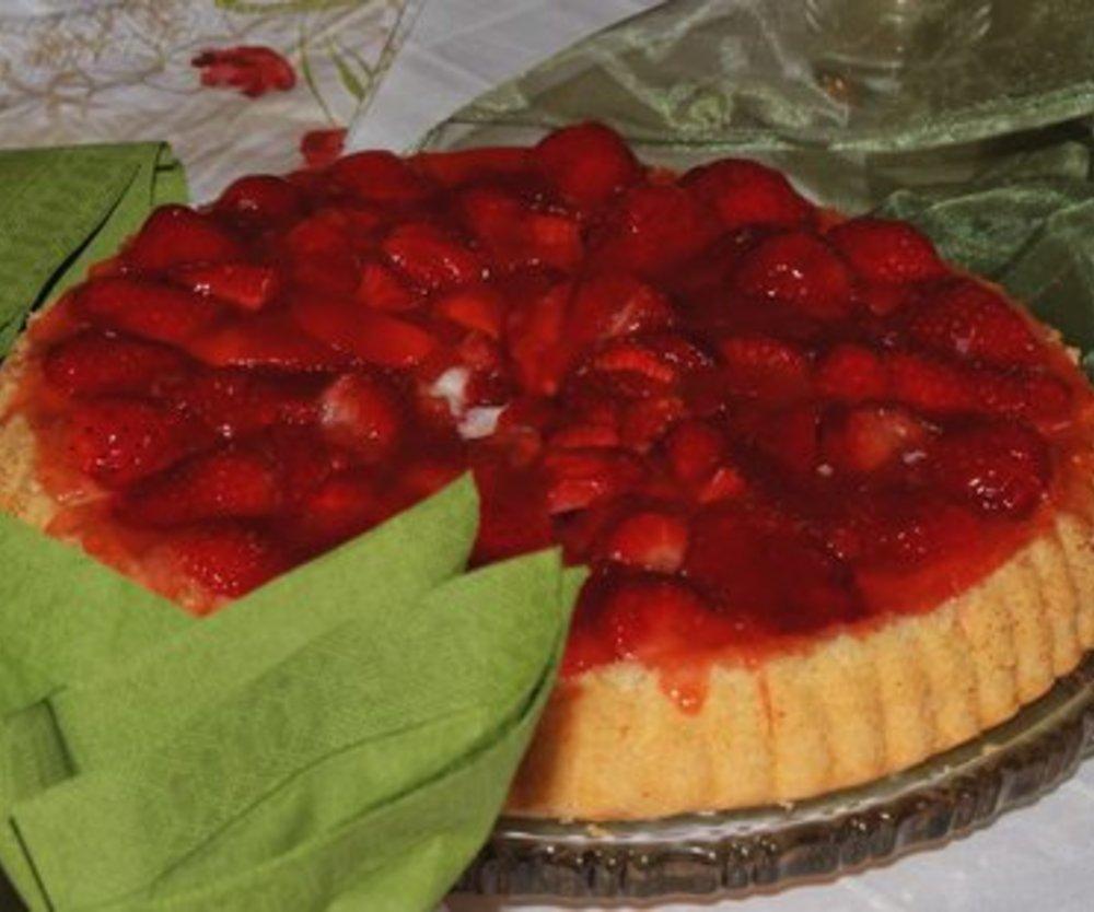 Fruchtiger Erdbeerkuchen