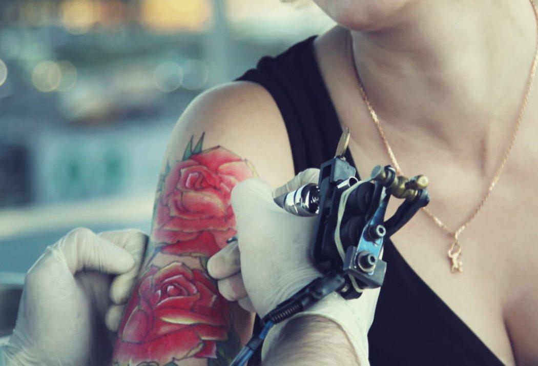 Tattoo Allergie Diese Farben Sind Der Auslöser Desiredde