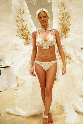 Heidi Klum als Engel von Victorias Secret