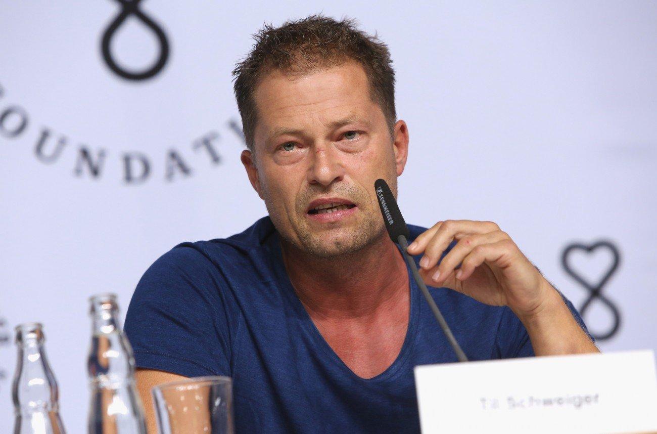 Til Schweiger bei einer Pressekonferenz in Berlin